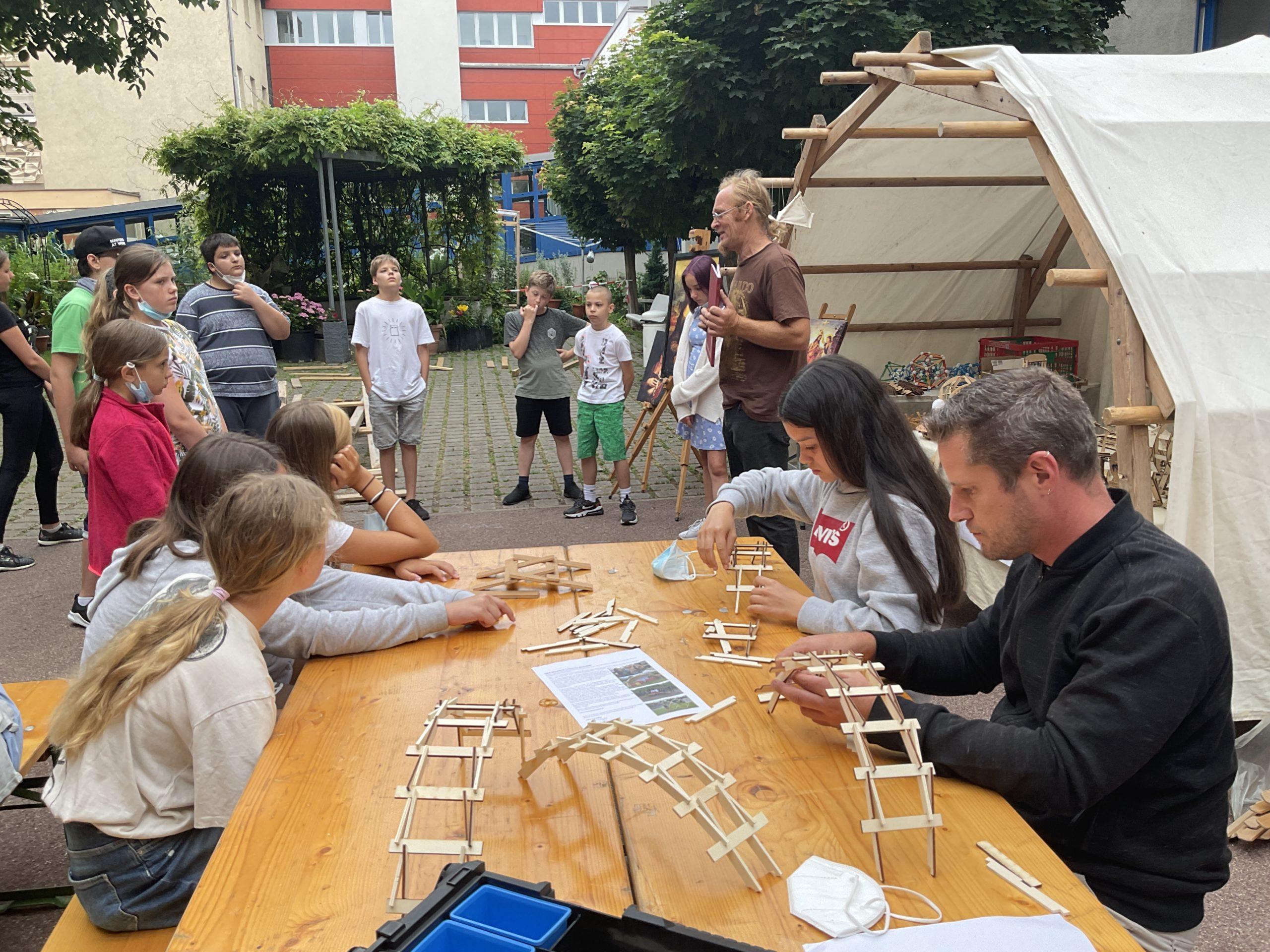 Umwelt:Spiel:Raum – Leonardo da Vinci Werkstatt